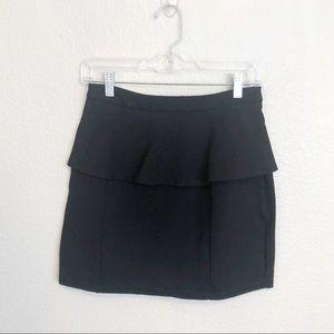 Lovers + Friends Skirt Mini Ruffle Black sz M
